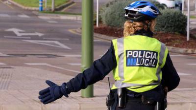 CLM rebaja la estatura mínima exigida a mujeres en la Policía Local