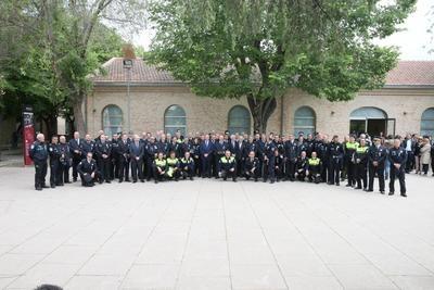 El Gobierno regional ha reconocido a 98 policías locales por sus méritos