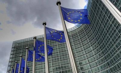 CLM promueve las prácticas formativas en la Comisión Europea para los empleados públicos