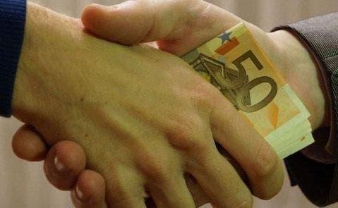 GANA LA BATALLA | Le devuelven los 1.850 euros que pagó de intereses por un micropréstamo de 430