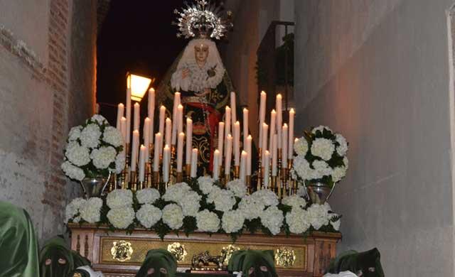 El Cristo de la Misericordia y La Dolorosa llenan de 'Pasión' Talavera