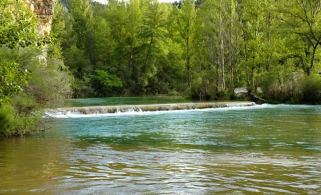 Rescatadas 4 personas tras quedar atrapadas por la crecida del río Alberche