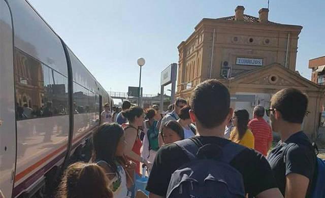 Una nueva avería deja tirados a 182 pasajeros del tren Talavera-Madrid