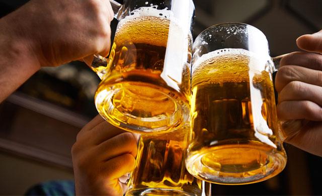 Más de 4.000 asistentes en la I Fiesta de la Cerveza en Toledo ...
