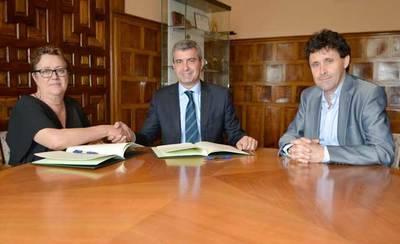 Diputación renueva la colaboración con APACE y sus programas de apoyo