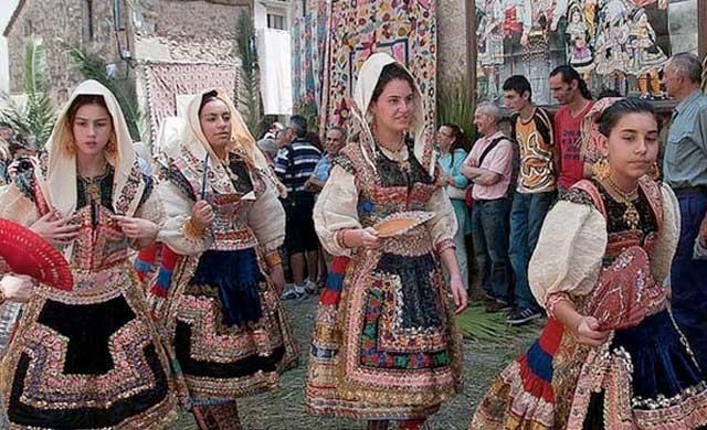 El Corpus de Lagartera declarado Bien de Interés Cultural