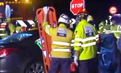 El hombre herido tras la colisión de dos turismos en Magán está grave en la UVI