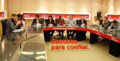 Ferraz llama al orden para no perjudicar las 'municipales' con opiniones personales como la de la caza