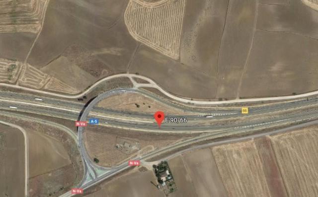 Un fallecido y seis heridos tras la colisión de cuatro vehículos en la A-5, a la altura de Quismondo