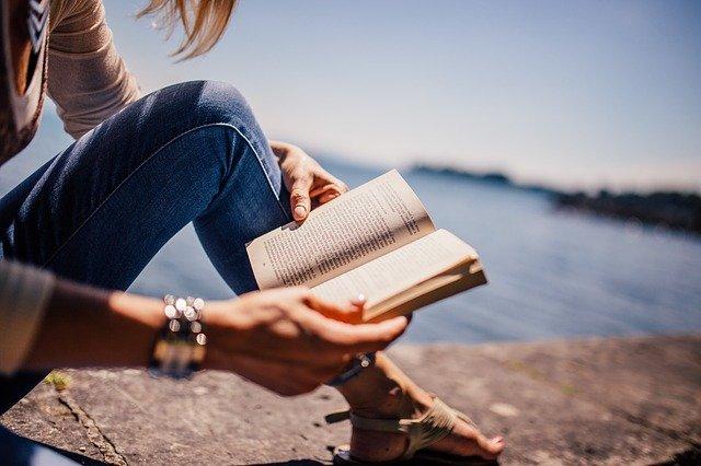 27 títulos para fomentar la lectura entre el público infantil y juvenil en verano