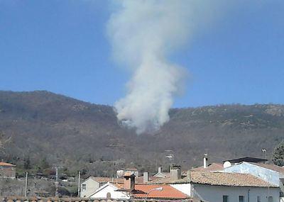 Controlado el incendio que se ha originado en el Real de San Vicente