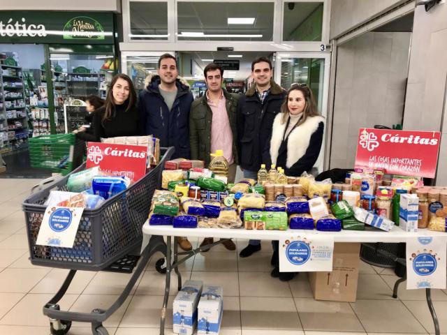 NNGG recoge 1.000 kg de alimentos para donar a Cáritas