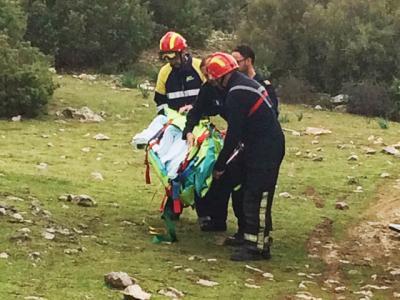 Rescatada una senderista de 35 años en Herencia tras sufrir una caída en una zona de difícil acceso