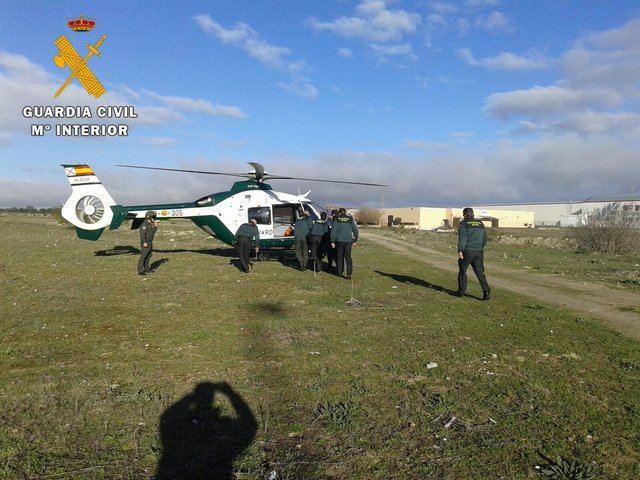 La Guardia Civil rescata con vida a una anciana desaparecida de alto riesgo