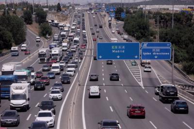 Dificultades en las autovías por la operación salida