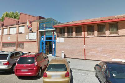 El mural sobre el oficio cerámico se instalará en el instituto Ribera del Tajo