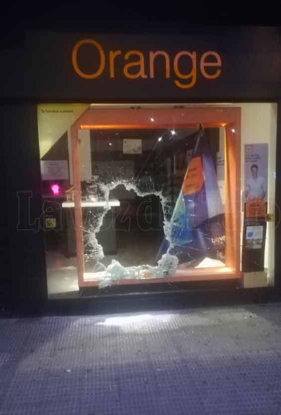 Detenidos los autores del robo en una tienda de telefonía móvil de Talavera