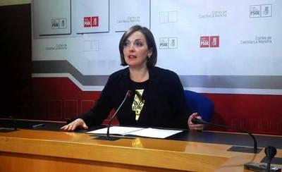 Rosario García: 'estamos subsanando los recortes de Rajoy y Cospedal'