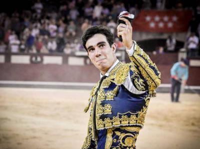 """""""Incontestable"""" éxito de Tomás Rufo en Vistalegre"""