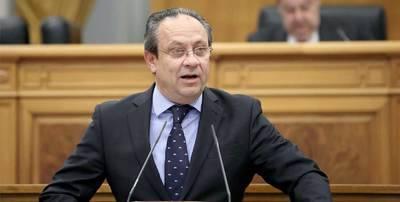 El Gobierno de Rajoy vuelve a requerir a Castilla-La Mancha que 'reduzca a la mitad' la Oferta Pública de Empleo en Sanidad