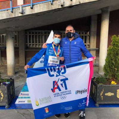 ATLETISMO | Samuel Serrano consigue la medalla de plata en Oviedo