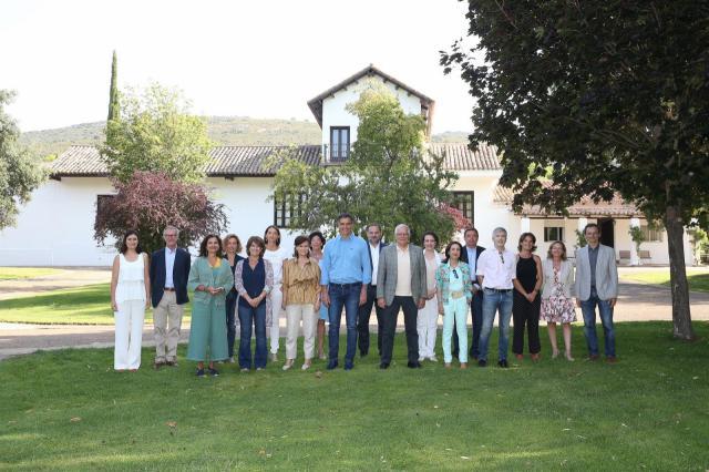 Sánchez prepara unas jornadas de convivencia con sus ministros en la finca de Quintos de Mora