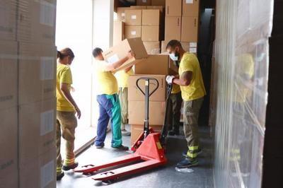 SANIDAD | El Gobierno de CLM distribuye más de 200.000 artículos de protección para profesionales sanitarios