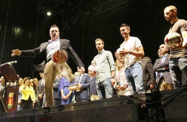 El presidente del CF Talavera, José Antonio Dorado, fue el encargado de dar el pregón en San Mateo 2017
