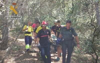 Guardia Civil rescata a un senderista en la senda que lleva al nacimiento del río Mundo
