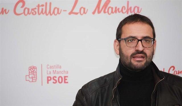 PSOE cree que Núñez 'se desinfla' y le avisa de que perderá la batalla con Vox y Cs