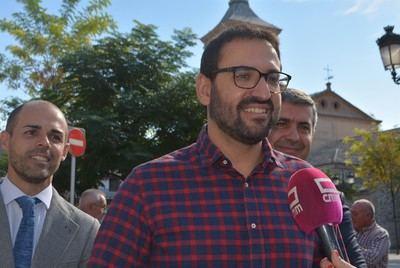 Núñez no informó de su sueldo como alcalde de Almansa y PSOE le acusa de