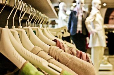 NAVIDAD | Piden reducir las aperturas comerciales en domingos y festivos de Navidad por el Covid