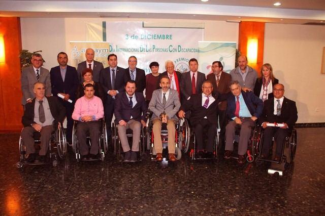 Aspaym premia sensibilización sobre discapacidad en Premios Silla de Oro con Page y Padre Ángel entre los galardonados