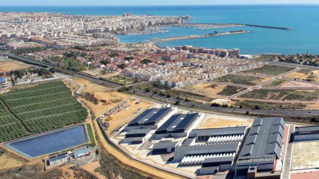 El Gobierno de España conectará las desaladoras de levante para duplicar el agua desalada