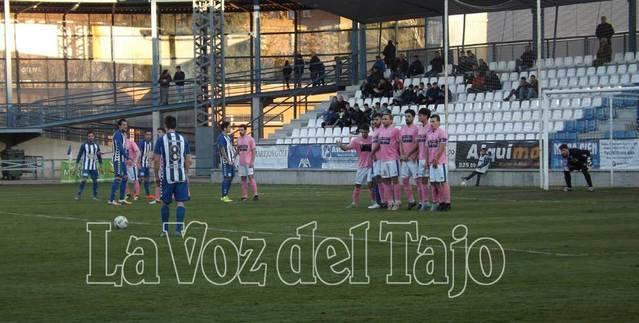 Un trabado CF Talavera no pasa del empate ante el CD Manchego (Vídeo)