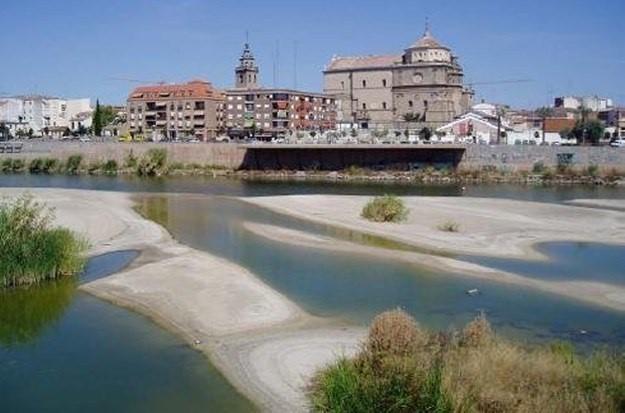El río Tajo a su paso por Talavera / SOS Talavera / Archivo