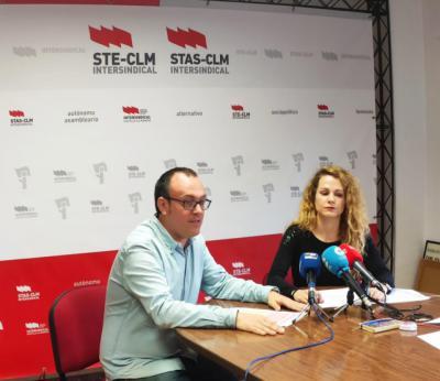 STE-CLM anima a elegir la escuela pública como garantía de igualdad de oportunidades