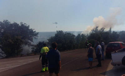Declarado un incendio en Serranillos Playa (IMÁGENES)