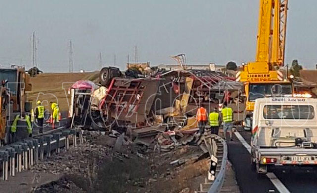 Más imágenes del accidente en la A-5 (GALERÍA)