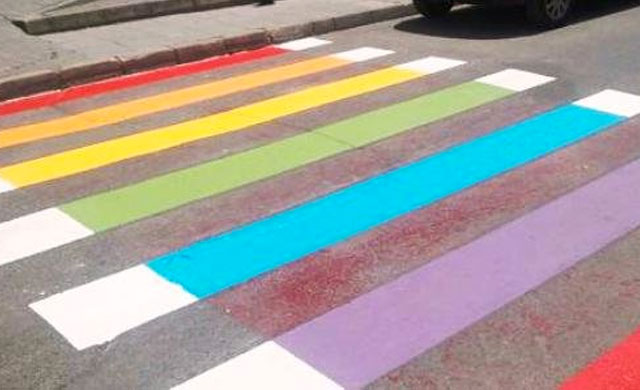 Talavera celebra su primer gran orgullo con guiños al colectivo LGTB