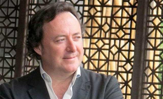 El diseñador de interiores Tomás Alía, primer embajador de la cerámica de Talavera