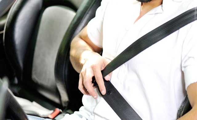 Talavera empieza una campaña de control de uso del cinturón de seguridad