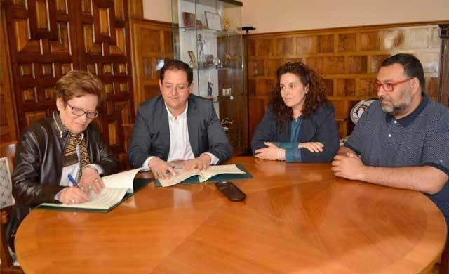 Diputación apoya con 15.000 euros el Centro de Convivencia de ATAFES