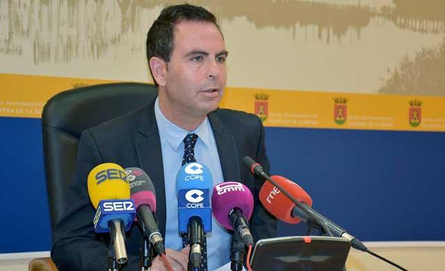 Gutiérrez: 'A Ramos se le está yendo la ciudad de las manos'