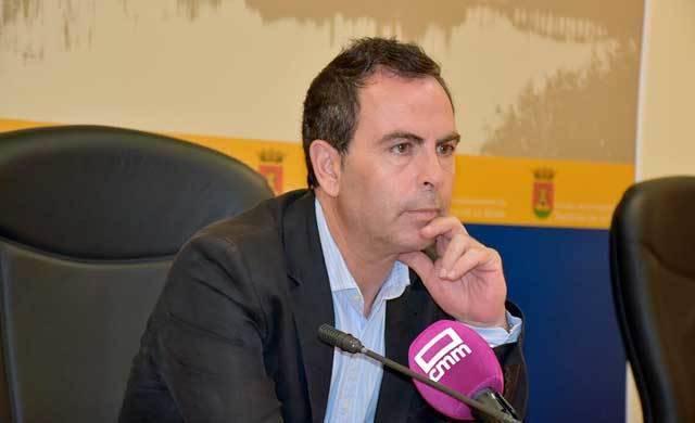 PSOE pide a Ramos que