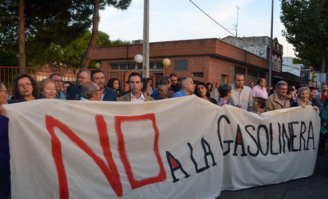 El PSOE está satisfecho por la no construcción de la gasolinera