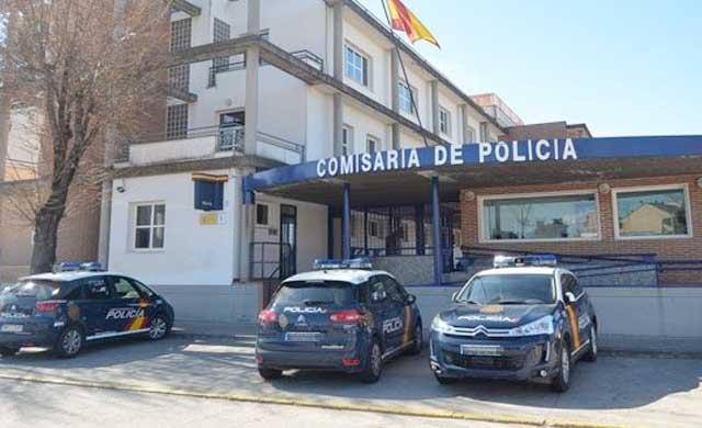 Detenido en Talavera tras intentar robar en una tienda amenazando al propietario con un destornillador