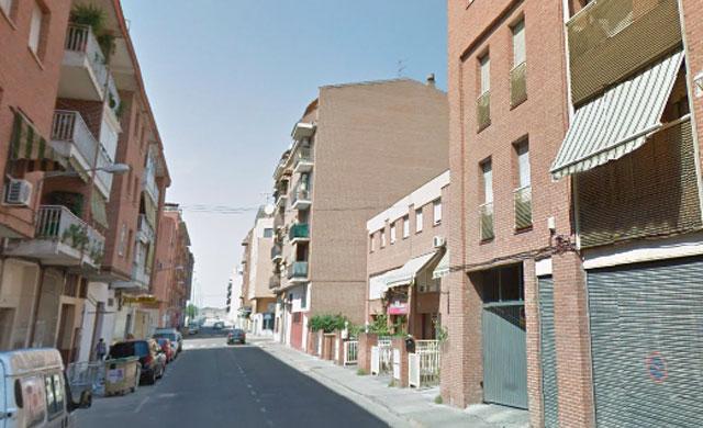 Rebajan pena de cárcel al hombre que clavó 5 veces una navaja a otro en Talavera por la tardanza del juicio