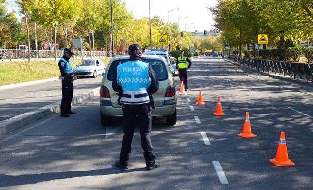 Aviso de cortes de tráfico por la Exposición Internacional Canina