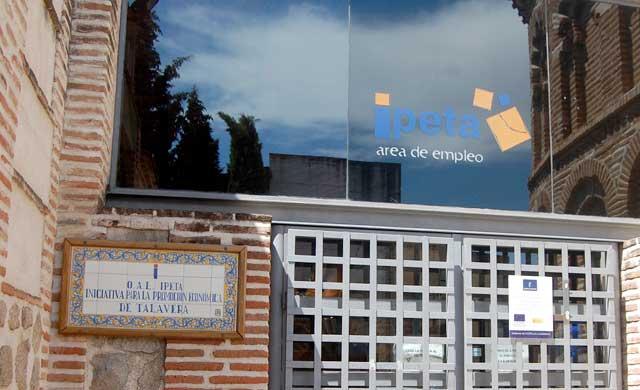 Talavera pedirá a la Junta un plan específico de empleo en la ciudad